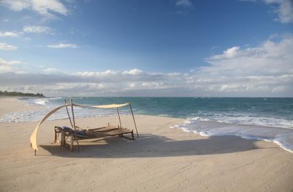 Permanant tide on the beach at Ras Kutani